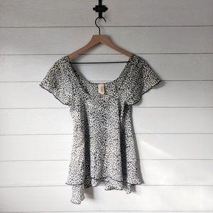 Francesca's Cheetah Print Flutter Sleeve Blouse S